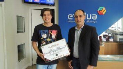 Vinícius ganhou o segundo lugar no concurso