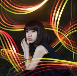 YURiKA 1st single「Shiny Ray」【アーティスト盤(CD+DVD)】ジャケ写