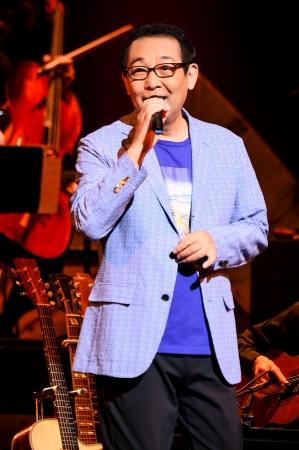 """さだまさし最新ツアーのファイナル公演をWOWOWで放送。故郷の長崎と""""心のふるさと""""奈良を歌った魂にしみる名曲の数々を新しいアレンジで。"""