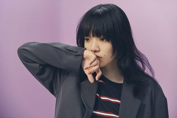 あいみょん 新アルバム『おいしいパスタがあると聞いて』9月9日発売、タワレコ限定のTシャツをセット販売!