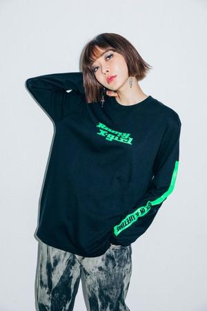 X-girlがThe xxのRomyのソロプロジェクト始動にあわせ、初のコラボレーションを発表