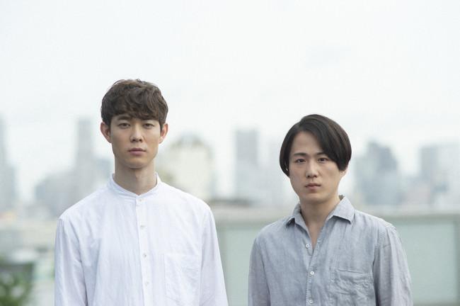宮沢氷魚と大鶴佐助による二人芝居「ボクの穴、彼の穴。The Enemy」11⽉28⽇(⼟)にWOWOWで放送決定!