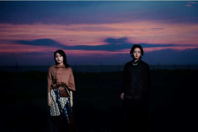 YOASOBI 1st EP『THE BOOK』&新曲「怪物」本日リリース!2/14には初の配信ライブ『KEEP OUT THEATER』決定!ファンクラブサイト『CLUB 夜遊』もプレオープン!