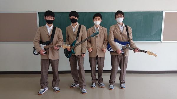上越総合技術高等学校のバンド「.com」