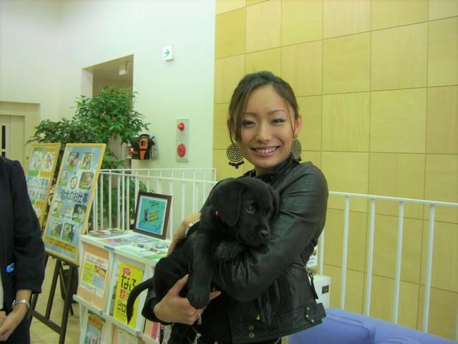 介助犬サポート大使 安藤美姫さんが想いを込めた賞品提供!介助犬の支援につながる特別チャリティーラッフル実施中!【申込は2021年6月6日まで】