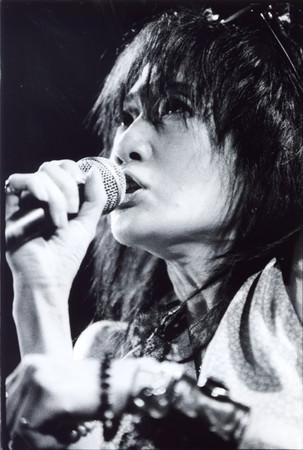 戸川純、音楽活動40周年記念。80年代の名盤『玉姫様』『裏玉姫』をカラーレコードで再発売!『裏玉姫』は初LP化!