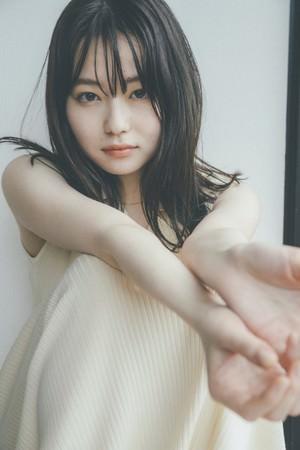 「山田杏奈2nd写真集(仮)」(東京ニュース通信社刊)