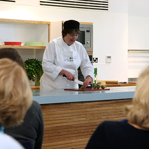 Edinburgh New Town Cookery School is a cook school organising cookery course Scotland