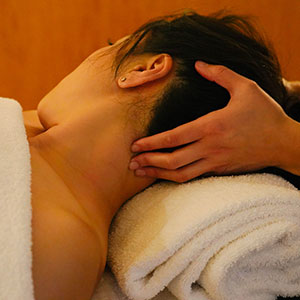 remedial massage for neck pain