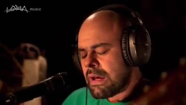 """Mario Castro presenta su disco como solista """"Vestido Nuevo"""""""