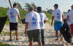 limpieza de playas en la Riviera Maya