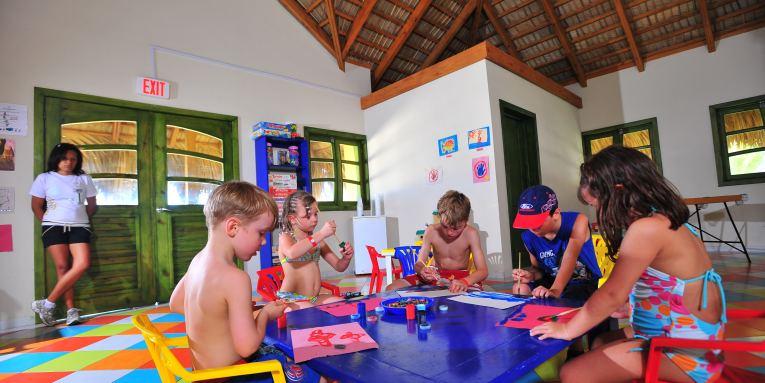 Los niños también pueden divertirse en Cancún