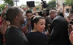 Kim Kardashian presume su barriga de embarazo