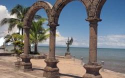 Visita Puerto Vallarta con Krystal International Vacation Club