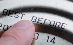 fecha de caducidad, como leer la fecha de caducidad de un producto, despues de la fecha de caducidad cuanto dura un alimento, como saber la fecha de vencimiento de un producto, fecha de vencimiento