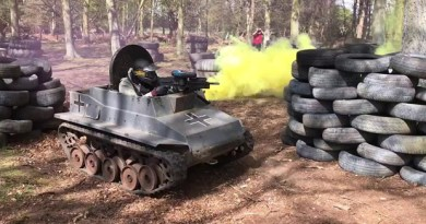 Combate de Mini Tanques en partida de PaintBall