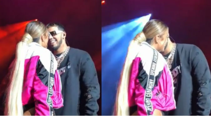 VIDEO. Anuel intenta besar a Karol G y ella lo rechaza en pleno concierto.