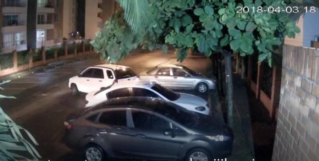 Cayeron expertos atracadores y haladores de carros con control maestro (1)