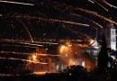 Colosal batalla de fuegos artificiales entre dos parroquias