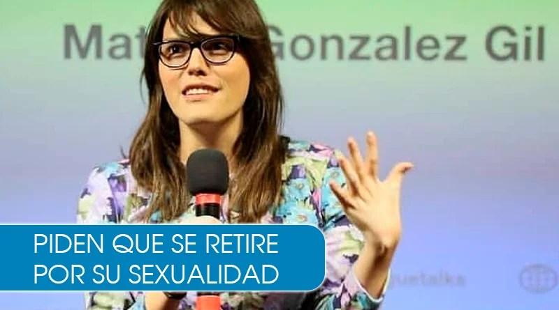 Le piden renuncia a la secretaria Matilda por ser transgénero