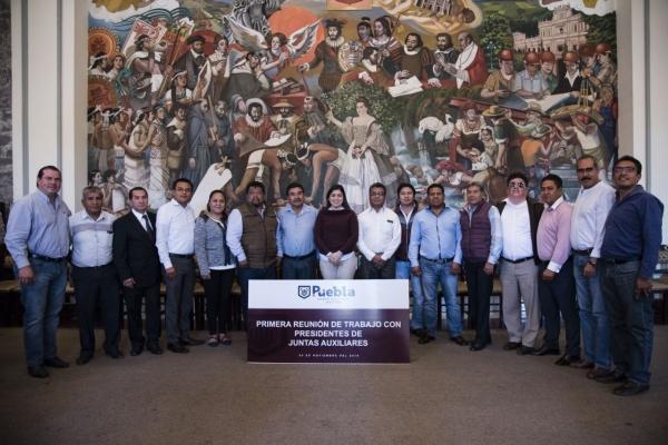 CLAUDIA RIVERA VIVANCO Y PRESIDENTES AUXILIARES TRABAJAN A FAVOR DE LA CIUDADANÍA