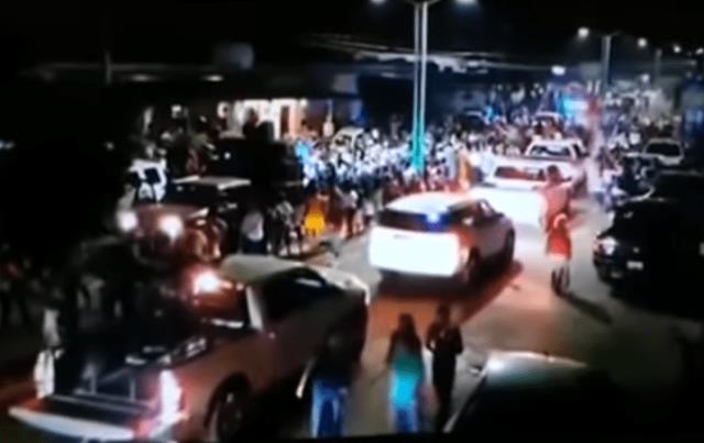 VIDEO MUESTRA MÁS DE 25 CAMIONETAS CON HOMBRES ARMADOS, AL PARECER DEL CJNG, DESFILARON DURANTE CARNAVAL EN VERACRUZ