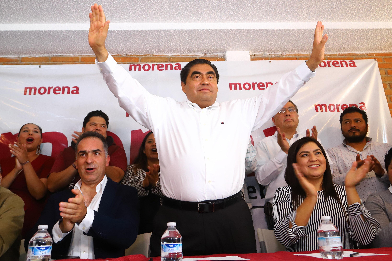 EJERCER UN GOBIERNO CON IDENTIDAD Y DIFERENTE A LOS REGISTRADOS EN EL PASADO RECIENTE, OFRECE MIGUEL BARBOSA