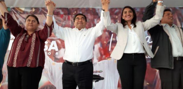 MIGUEL BARBOSA, GOBERNADOR ELECTO DE PUEBLA VISITA EL MUNICIPIO DE HUEJOTZINGO EN EL MARCO DE SU GIRA DE AGRADECIMIENTO