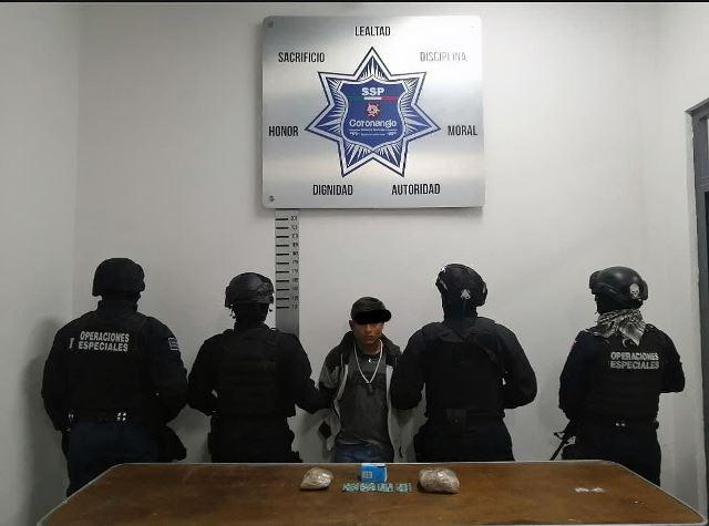 DETIENE POLICÍA DE CORONANGO A SUJETO POR POSESIÓN DE DROGA