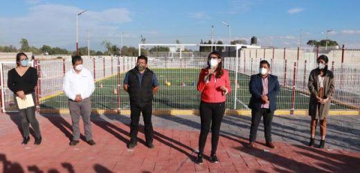 INAUGURA ANGÉLICA ALVARADO COMPLEJO DEPORTIVO EN LA JUNTA AUXILIAR DE SAN MATEO CAPULTITLÁN