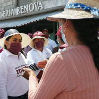 LUPITA DANIEL CANDIDATA DE MORENA Y EL PT, A LA ALCALDÍA DE CUAUTLANCINGO REALIZA CAMINATA EN LA CABECERA MUNICIPAL