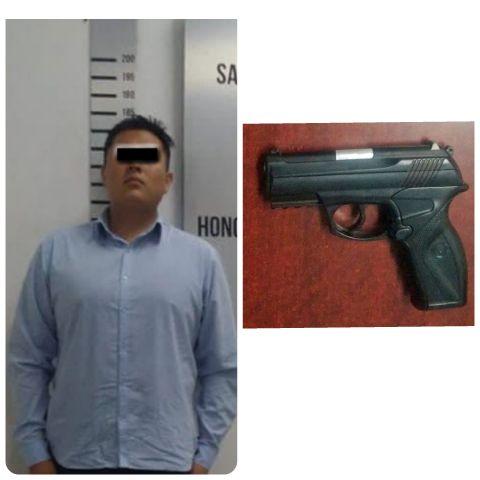 ASEGURA POLICÍA DE CORONANGO A SUJETO QUE AMENAZÓ A PERSONAL DE VIGILANCIA CON ARMA DE JUGUETE