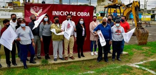 LUPITA DANIEL DA EL BANDERAZO DE REHABILITACIÓN A LA CANCHA DE USOS MÚLTIPLES EN SANCTORUM