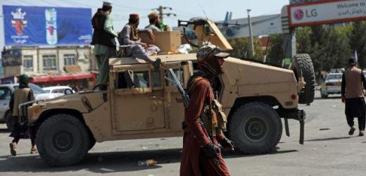 LOS TALIBANES NO SÓLO TOMARON EL PODER POLÍTICO, SINO TAMBIÉN EL PODER DE FUEGO PROPORCIONADO POR ESTADOS UNIDOS