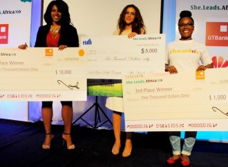Nigerian entrepreneurs: Win up to N2 million in the She Leads Africa 2017 Accelerator programme