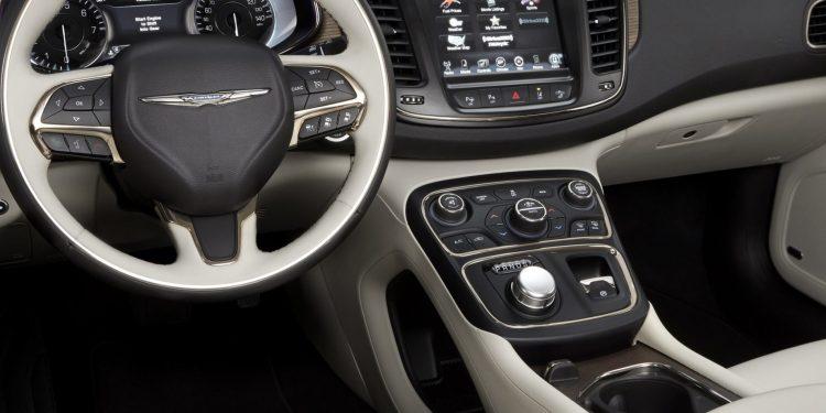 Google Fiat Chrysler self-driving