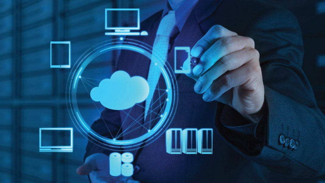 Cloud computing, data center, organizations, PUE, energy-efficient, cloud-based systems, survey, computers