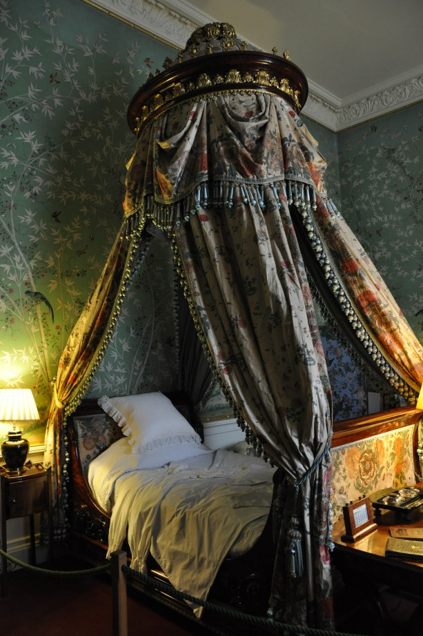 Sumptuous bed hangings