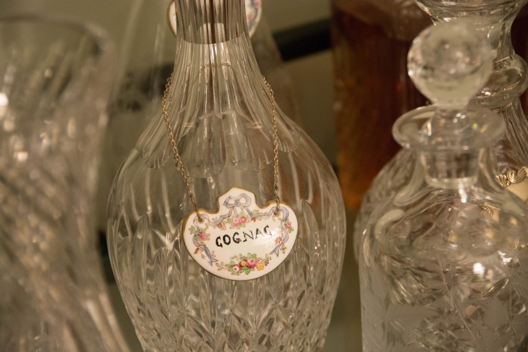 A ceramic Cognac label