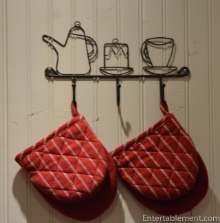 Hooks for pot holders