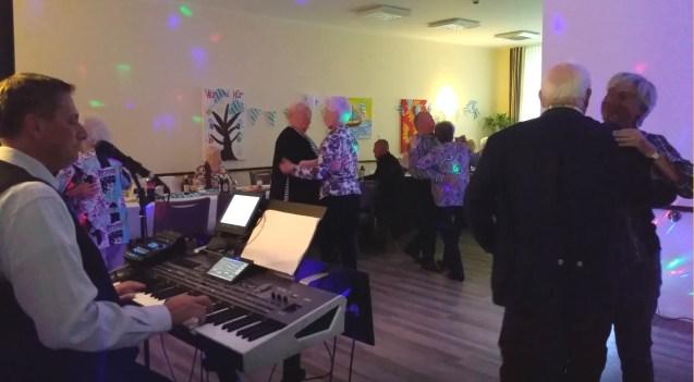 Tanzkaffee mit Livemusik Alleinunterhalter Hamm