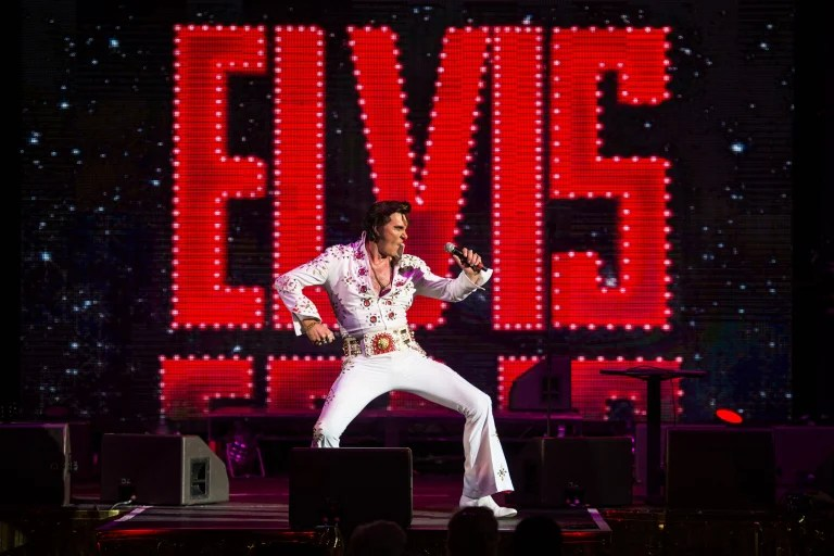 Baz Luhrmann set to direct Elvis Presley biopic says
