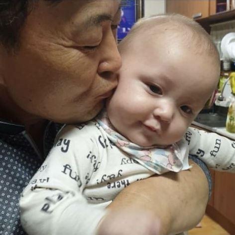 Jihoon Lee Father Taeyang Instagram