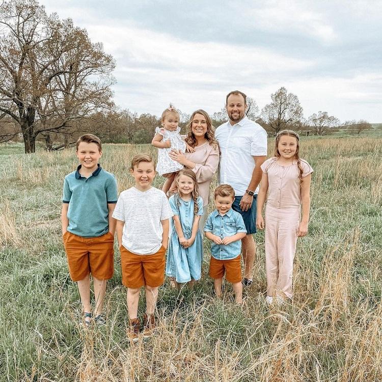 Counting On Anna Duggar Family Instagram
