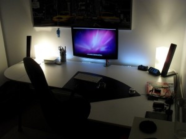 12 workstation