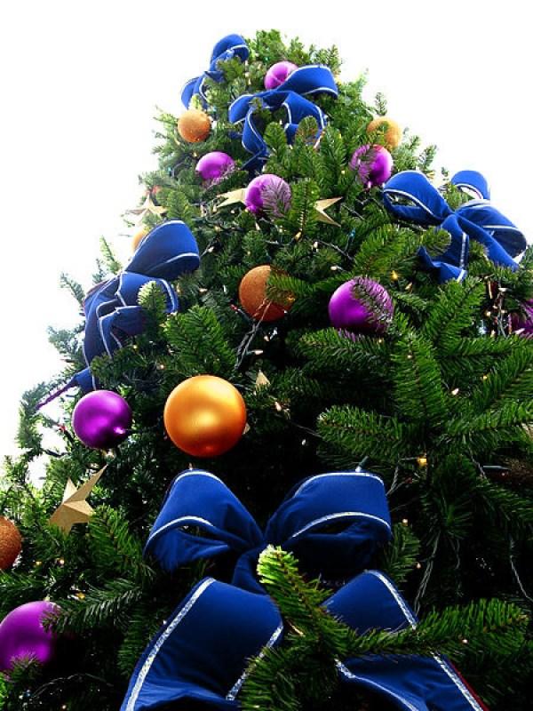 Blue Bead Christmas Tree with Purple & Orange Ornaments