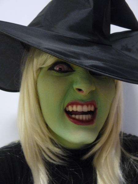 evil witch halloween makeup