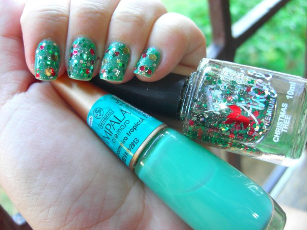 Glitter Chrismtas Nails