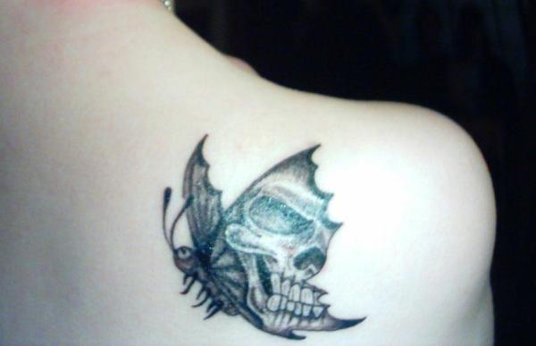 Skull -- Butterfly