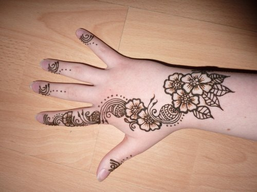 Flower Mehndi Designs 3